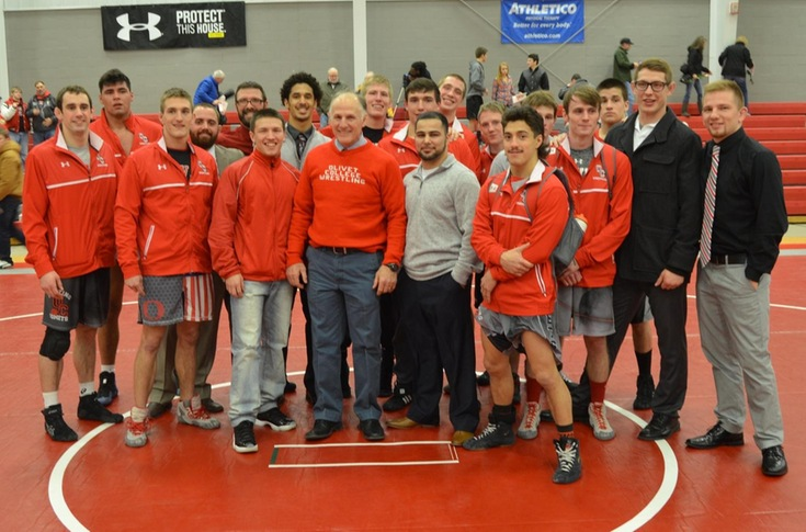 Wrestling team closes dual match schedule with 42-3 victory over Trine