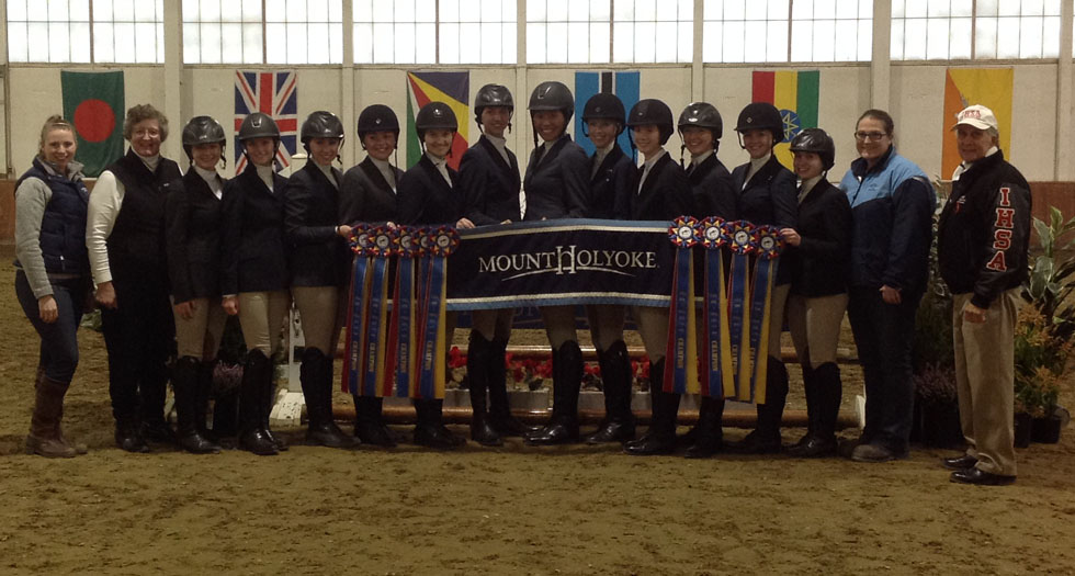 Riding Wins 2015 Zone 1 Championship; Advances to IHSA Nationals