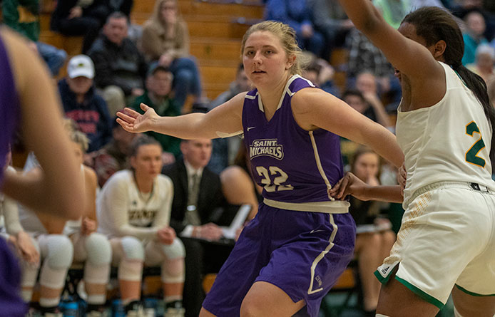 Women's Basketball Uses 27-6 Fourth Quarter to Surge Past Mercy, 72-62