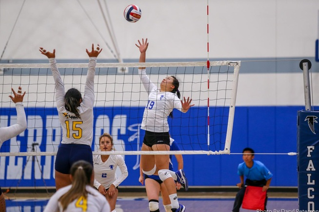 Jody Suski ended her Falcon career with 20 kills in a sweep over LA Harbor