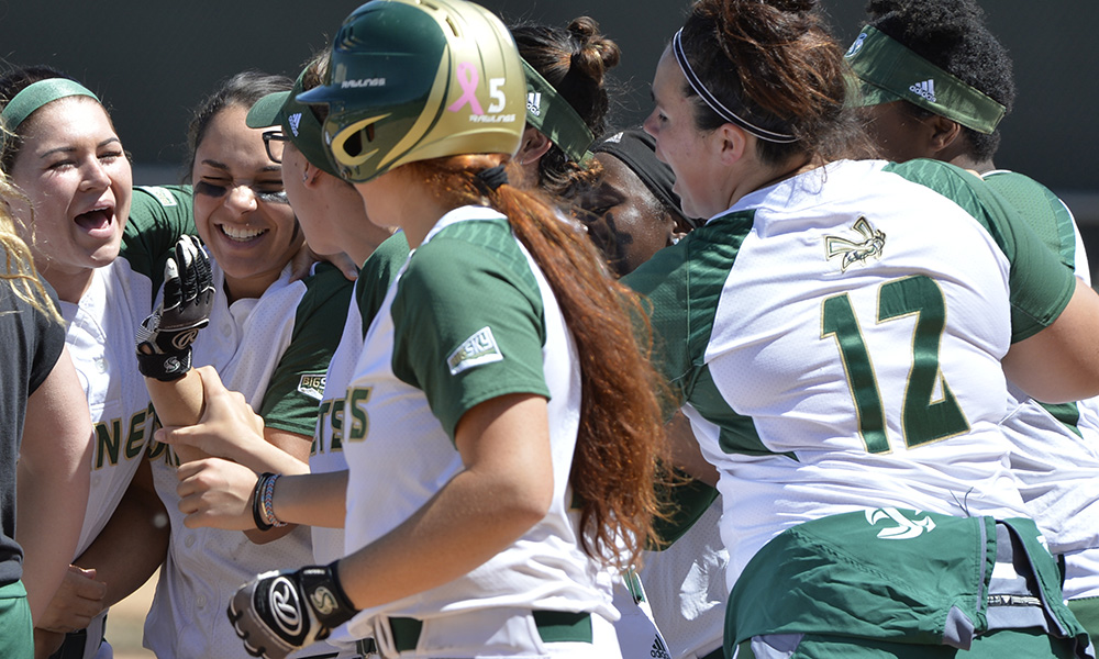 TWO WALKOFF WINS! SOFTBALL SWEEPS DOUBLEHEADER OVER SOUTHERN UTAH