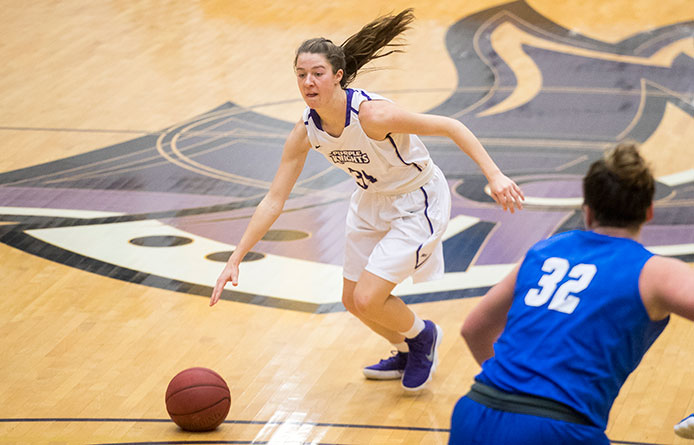 Women's Basketball Suffers Setback to NE10 Divisional Leader Le Moyne