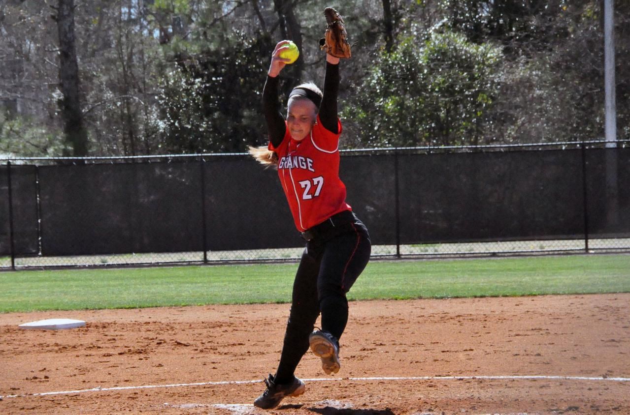 Softball: Wolfe hits, pitches Panthers past Maryville in first game of USA South doubleheader