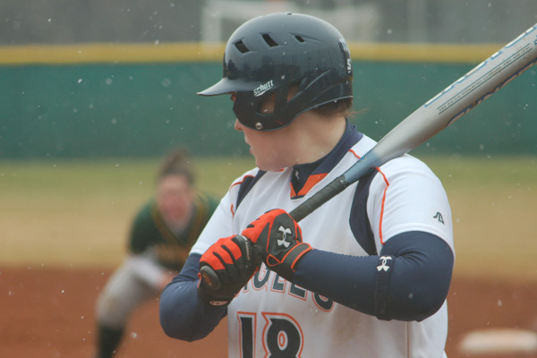 No. 24 Carson-Newman Sweeps Home Softball Opener 8-0 And 9-0 Over Lees-McRae