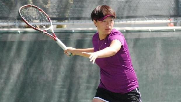 Zhang and Liu advance to semifinals in singles and doubles