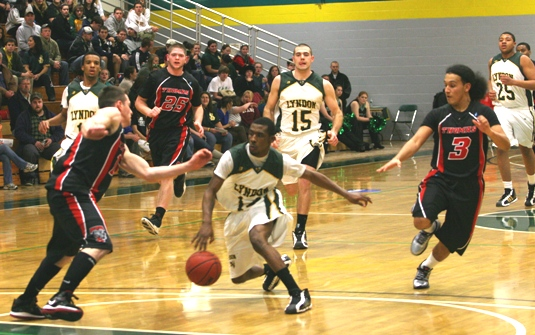 Warrick leads Lyndon past Thomas