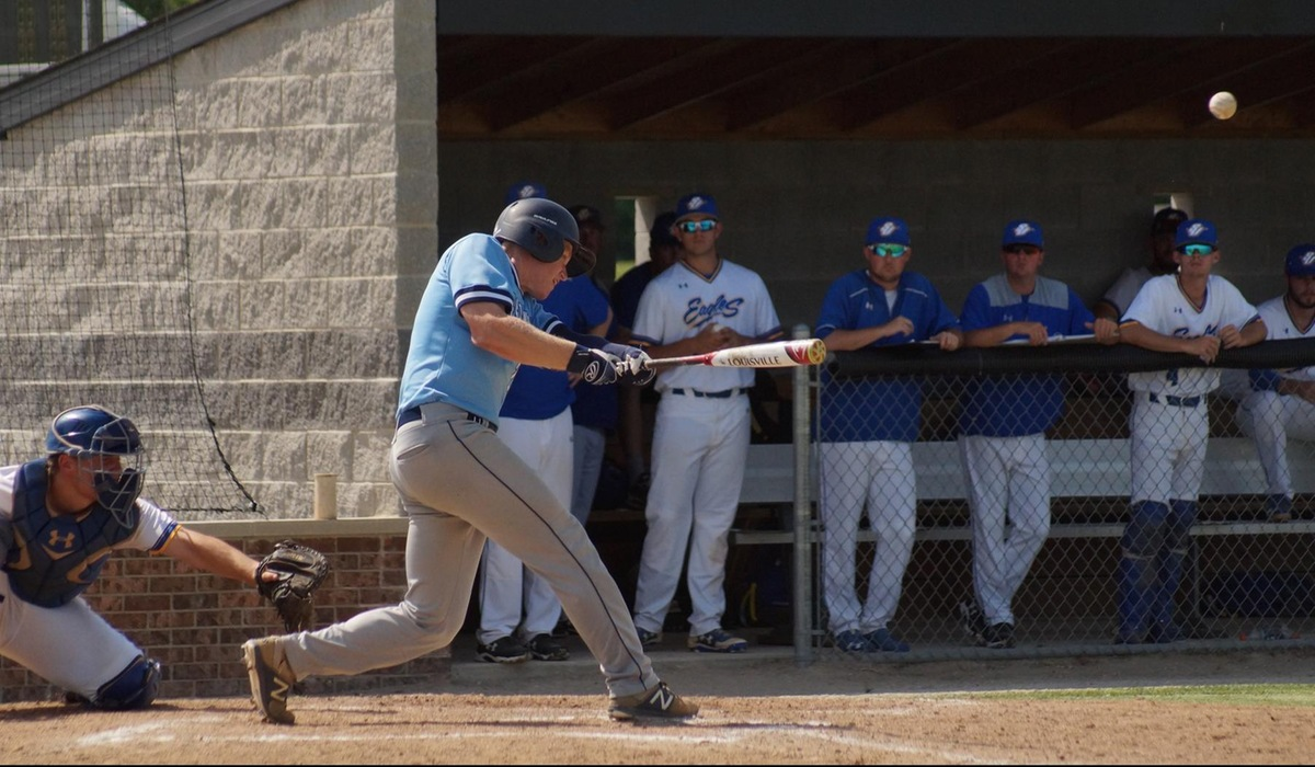 Spalding Outlasts Westminster Baseball in SLIAC Tournament Opener