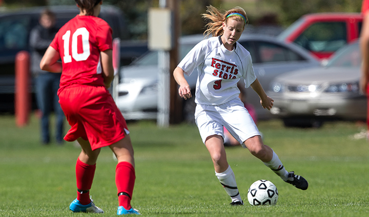 Ferris State Soccer Keeps Home Unbeaten Streak Alive With Non-League Triumph