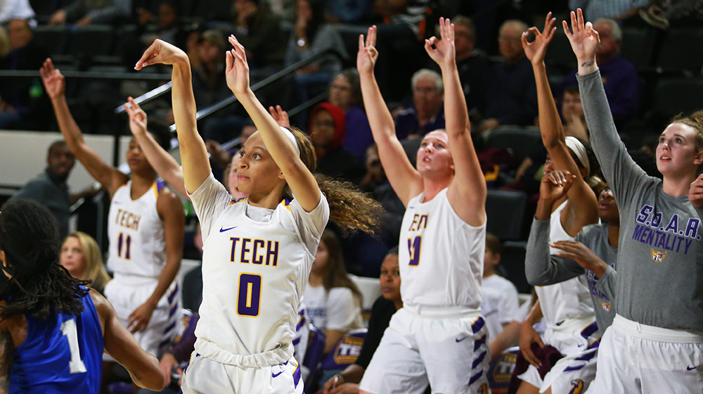 Sweet, sweet victory: Tech outlasts Middle Tennessee for colossal rivalry win