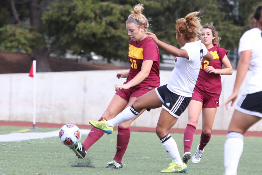 Women's Soccer Makes The Win Board, Dominates SDCC, 2-0