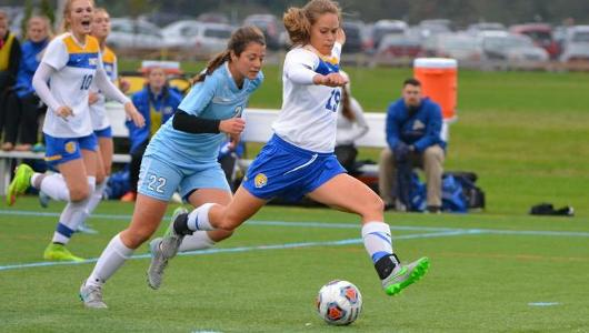 Strong Second Half Lifts JWU to 7-1 Win Over Suffolk