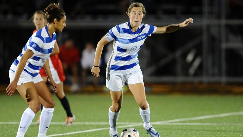 Women's Soccer Edged By St. John's 2-0