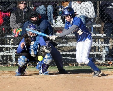 CU- Chicago surprises CUW softball 14-8