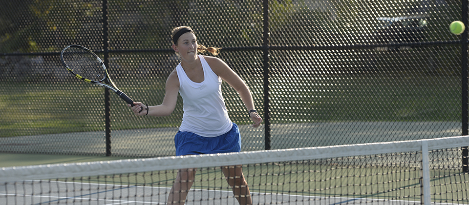 Dringenburg Named HCAC Women's Tennis Player of the Week