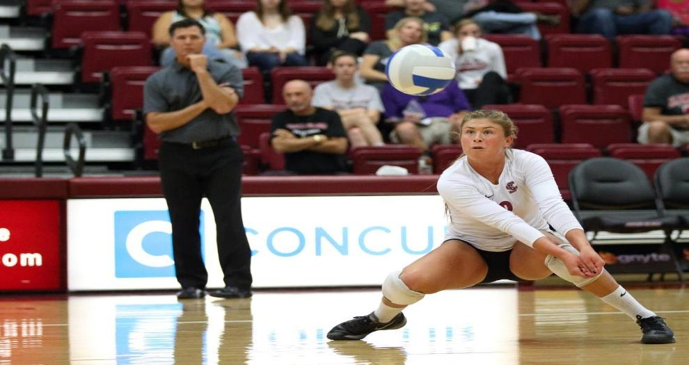 Volleyball Travels to Saint Mary's, Pacific For Final League Road Matches This Weekend