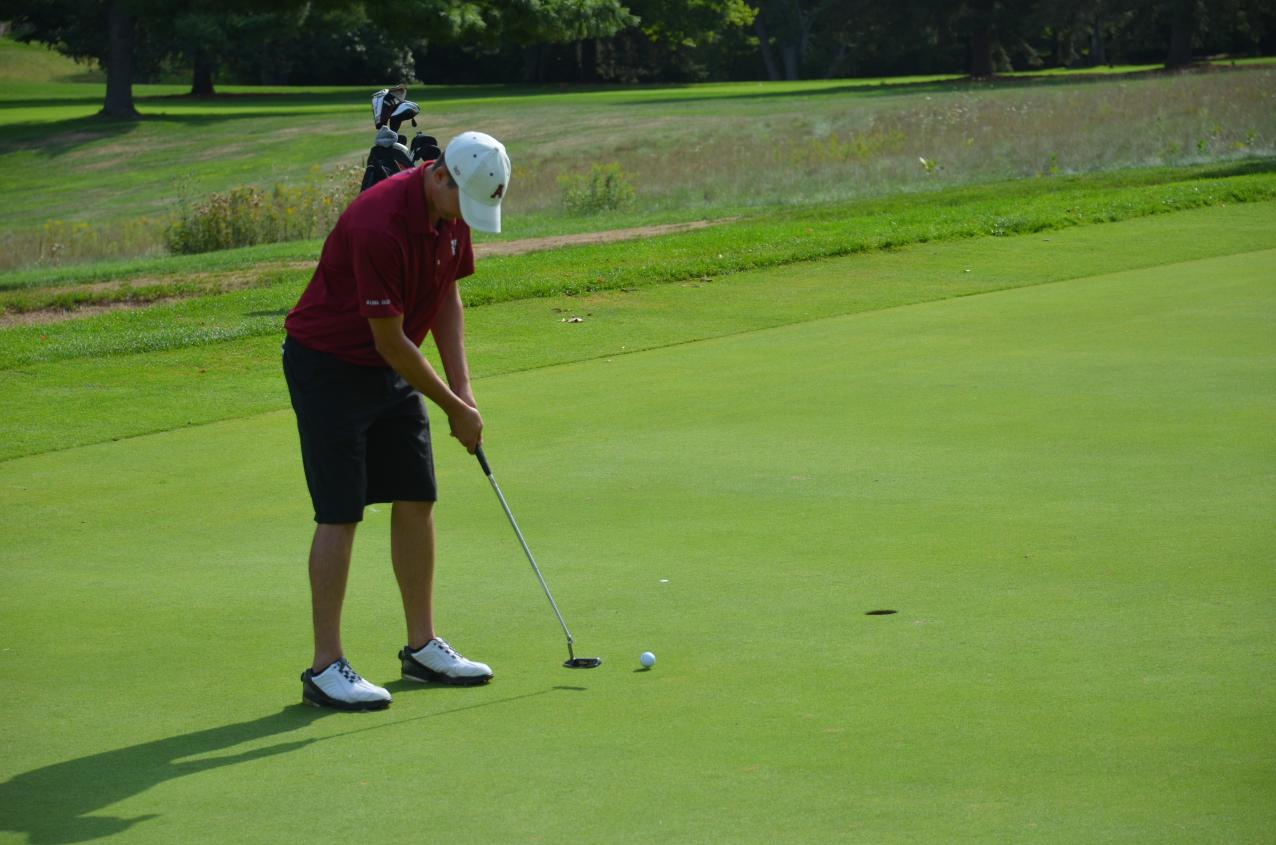 Men's Golf finishes 4th; 1st amongst NCAA schools at Olivet's Lou Collins Memorial