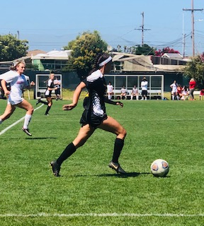 GLADIATORS NOTCH IMPRESSIVE WIN OVER BAKERSFIELD TO OPEN THE WOMEN'S SOCCER SEASON