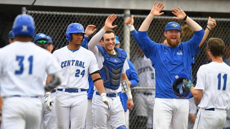 Strong Pitching Carries Baseball in Doubleheader Sweep at Wagner Saturday