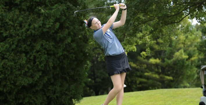 Women's Golf posts victory at Mount Mary Triangular