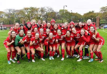 Washington University Hands No. 1 Chicago First Loss to Claim Share of UAA Women's Soccer Title