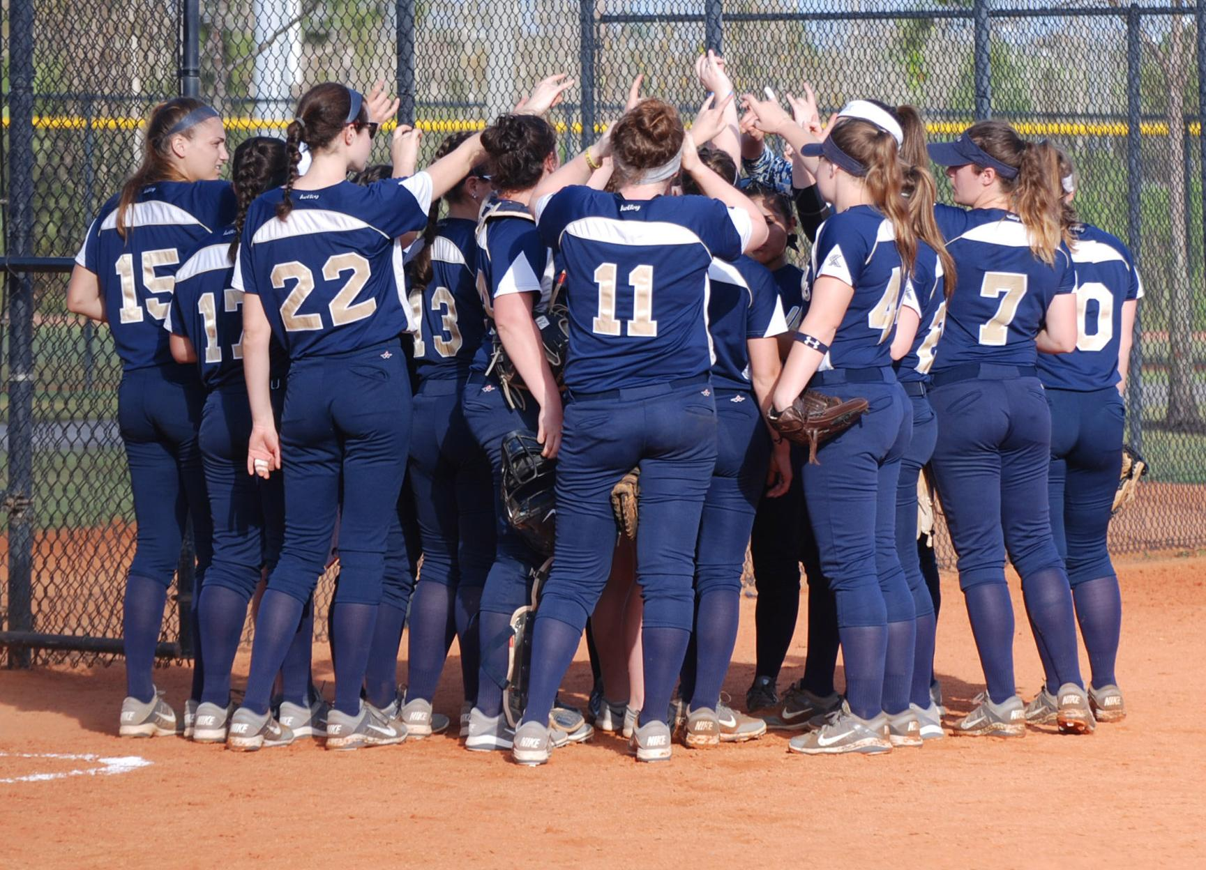Softball Slugs it out with Albertus Magnus, Earns Doubleheader Split