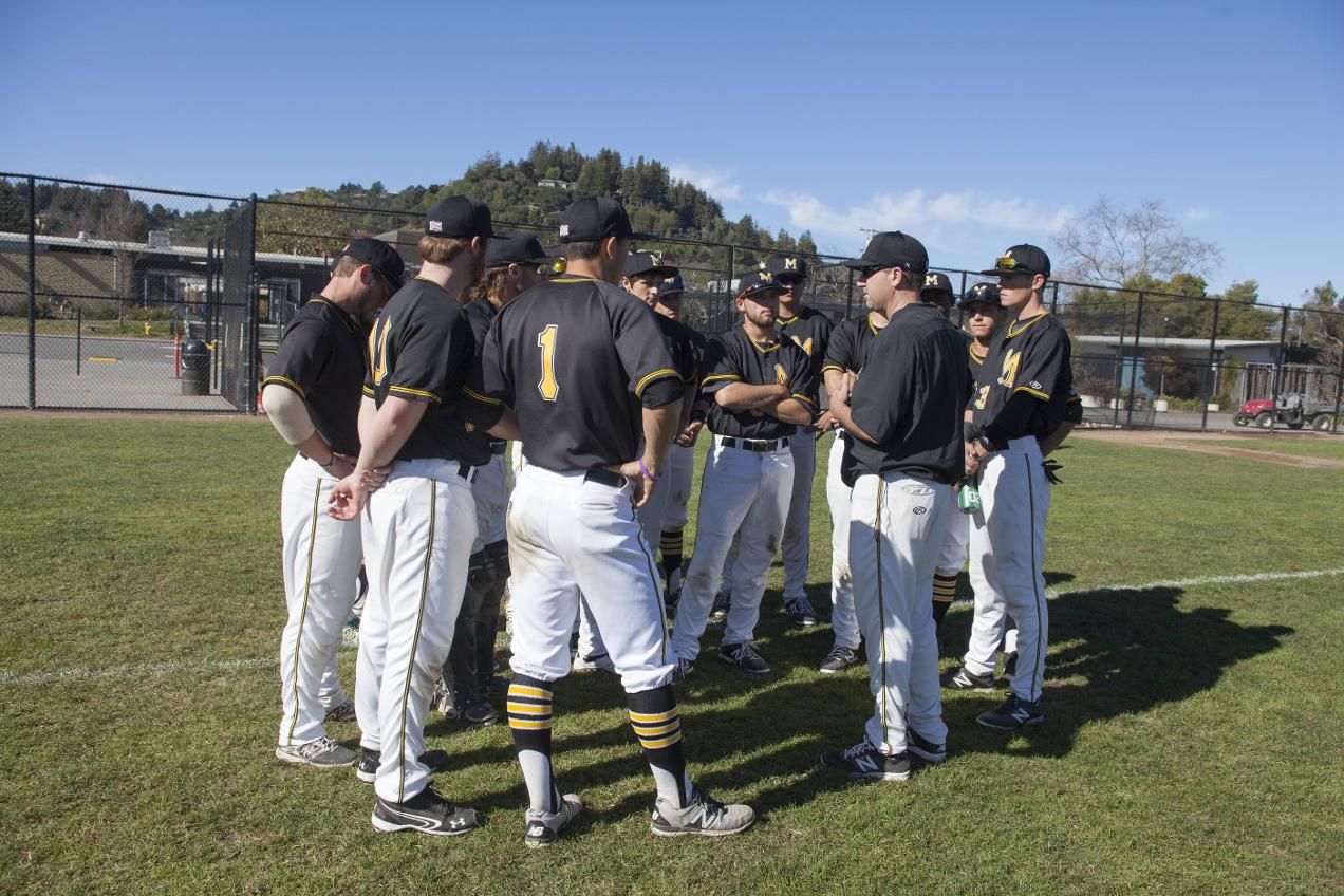 COM Baseball Falls in 10 Innings To Diablo Valley College 4-3
