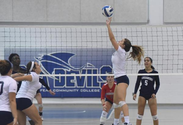 Women's Volleyball Wins Six Matches in a Row