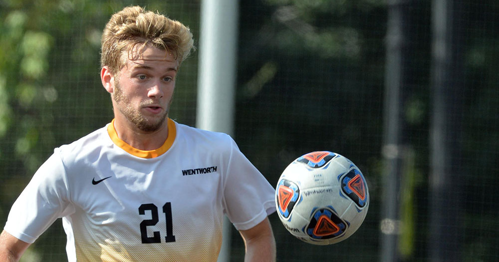 Amherst Spoils Men's Soccer's Home Opener