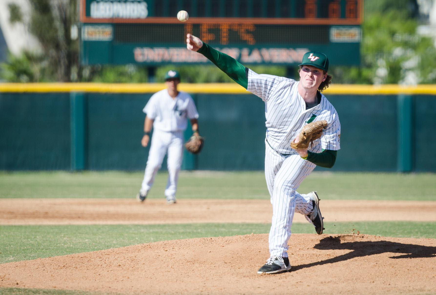 Baseball tops Chapman, earns split