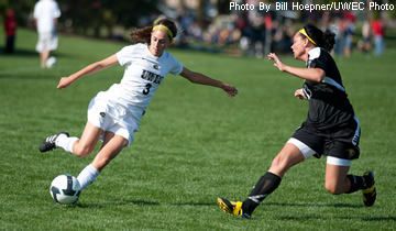 Soccer Wins Fourth Straight Game