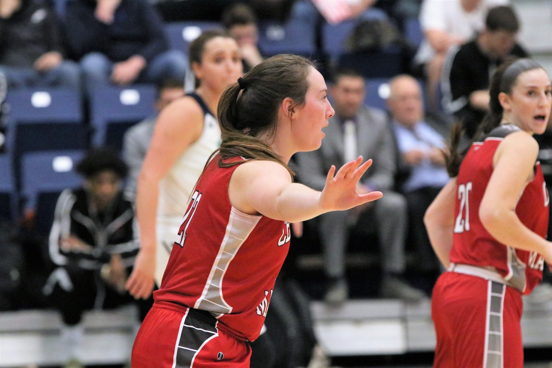 Women's Basketball races past Rams