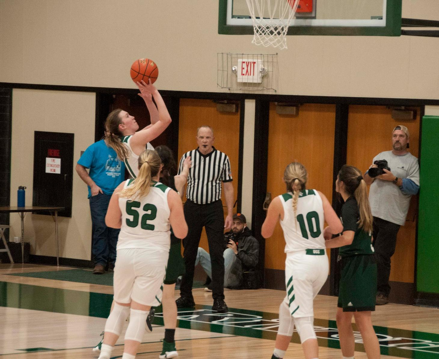 RiverHawks Roll Past Shasta College