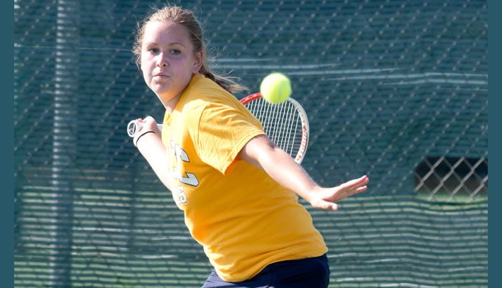 Women's Tennis Sweeps MIAC Opponents