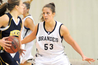 Gieschen gets first career double-double as women close 2009 with 66-55 win at Regis