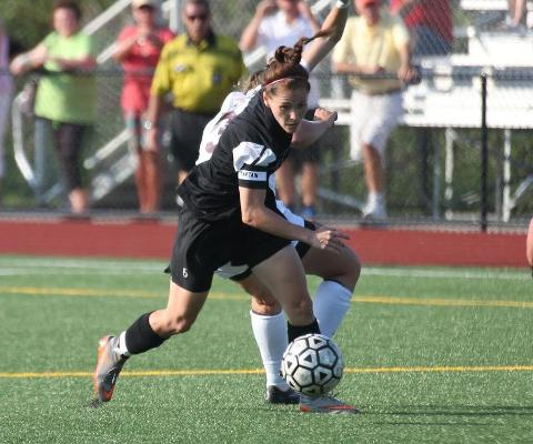 Maher delivers on both ends of the field in Gators' 1-0 win over New Paltz