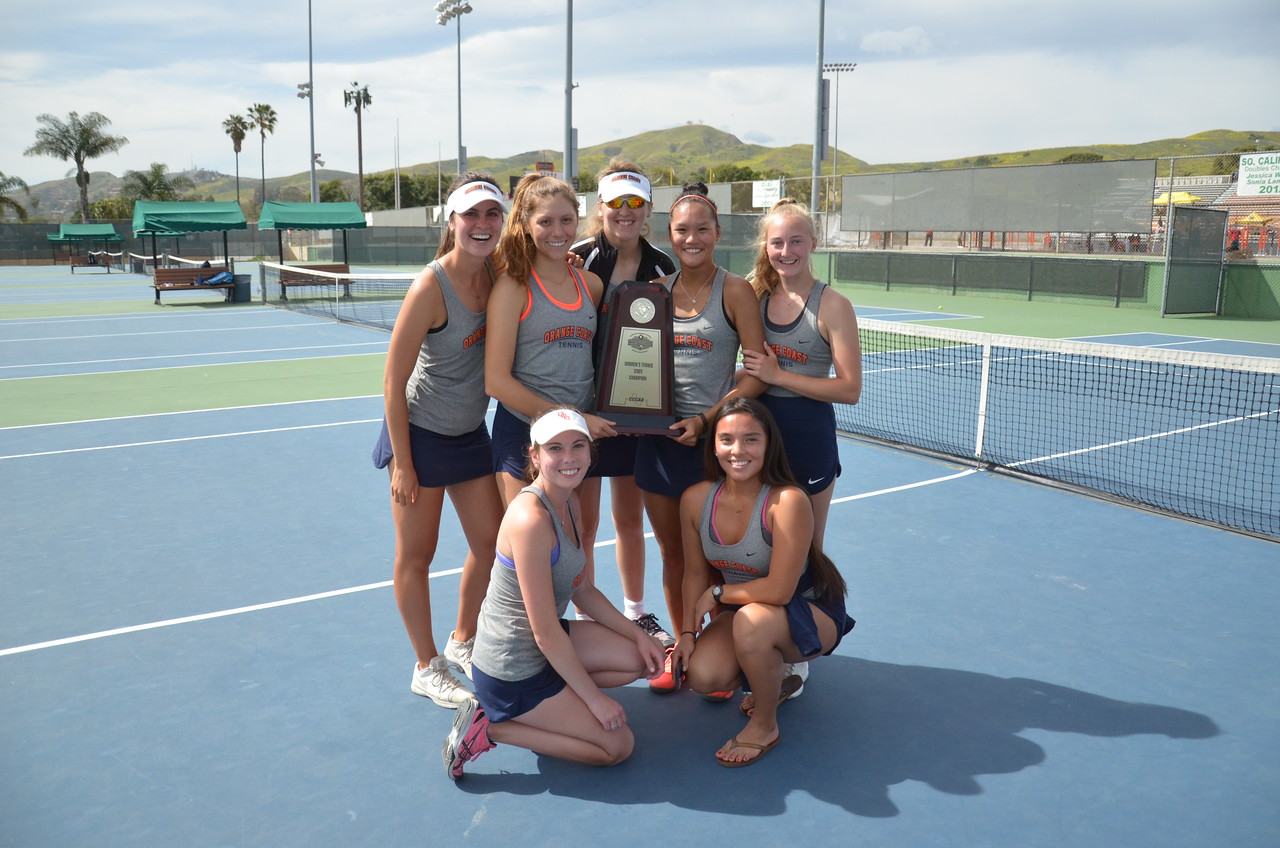 Pirates capture state women's tennis title with 5-4 win over De Anza!!