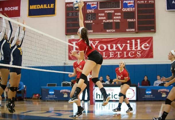 Women's Volleyball Falls in Straight Sets to Brockport