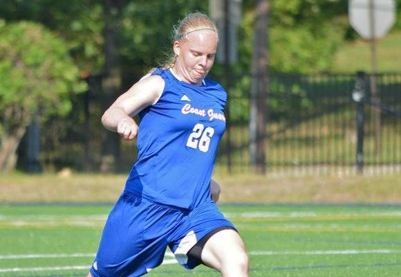 Women's soccer takes second place at Seahawk Invitational