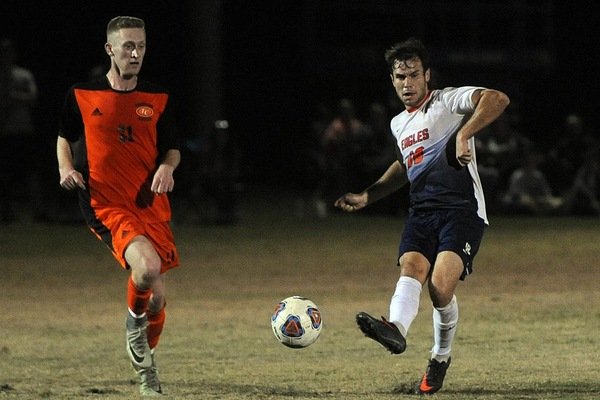 Carson-Newman 2017 Men's Soccer Position Preview: Midfielders