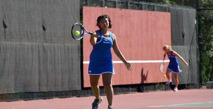 Women's Tennis begins season with victories over Aurora, Benedictine
