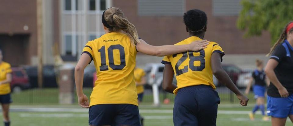 Offense Shines in Women's Soccer Win at Manchester