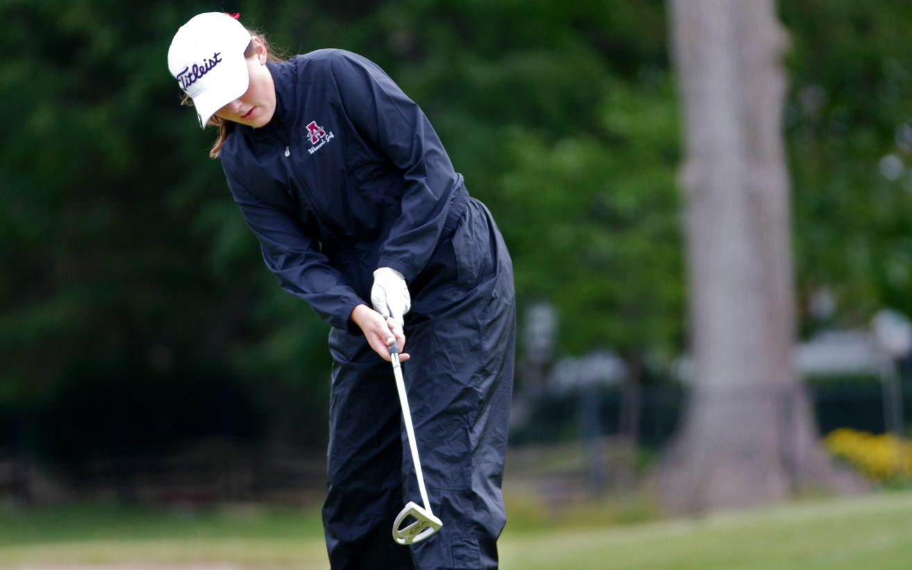 Women's Golf lands in 5th Place at MIAA Jamboree #4 at Adrian