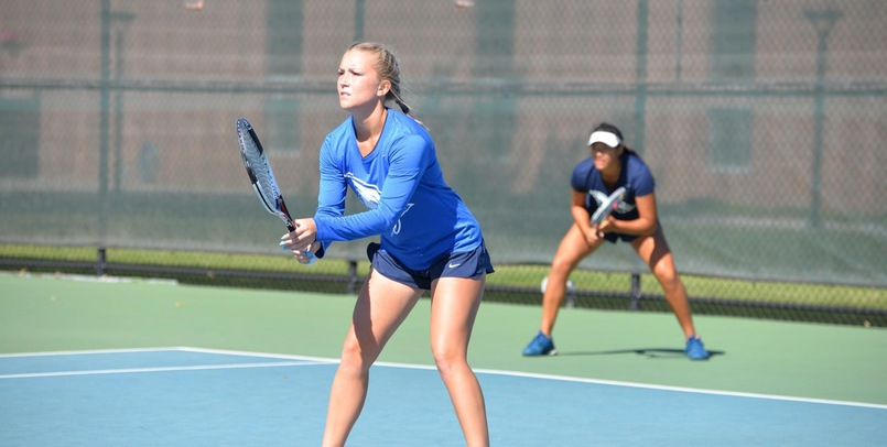 Tennis drops home matchup to Michigan Tech, 6-1