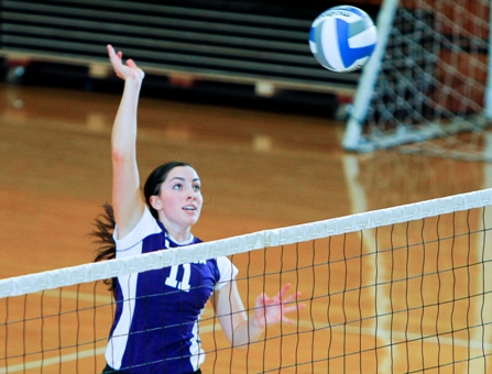 Volleyball Continues Strong Start By Rolling Past King's