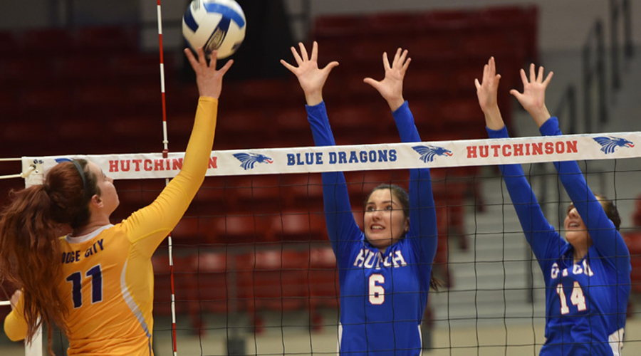 Elena Takova (6) had eight kills and Delilah Vigil (14) had three blocks in Hutchinson's 3-0 sweep of Butler on Wednesday in El Dorado (Casey Bailey/Blue Dragon Sports Information)
