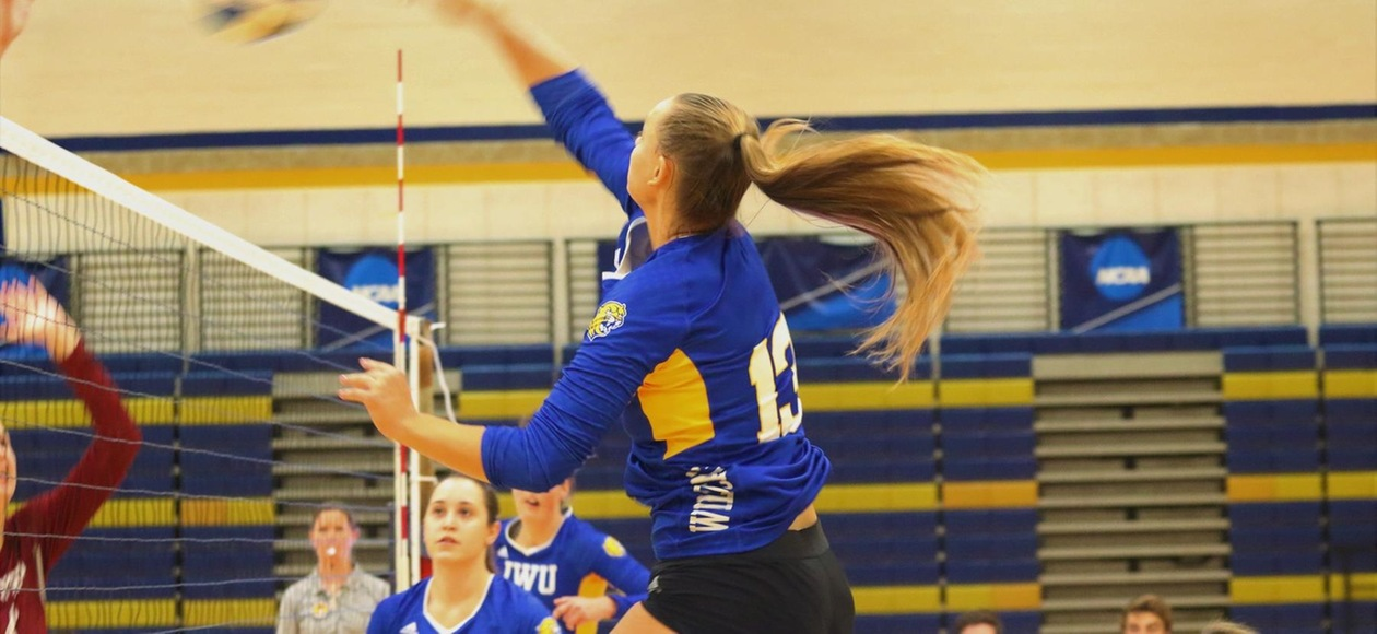 No. 21 Women's Volleyball Sweeps Lasell, Saint Joseph's (ME)