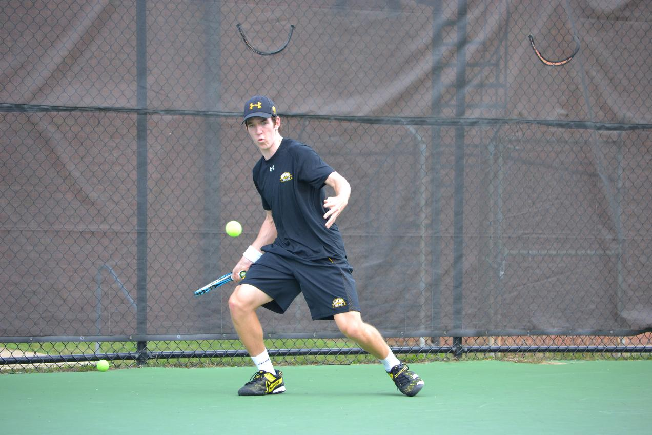 Men's Tennis Extends Streak to Six With Shutout of UMES