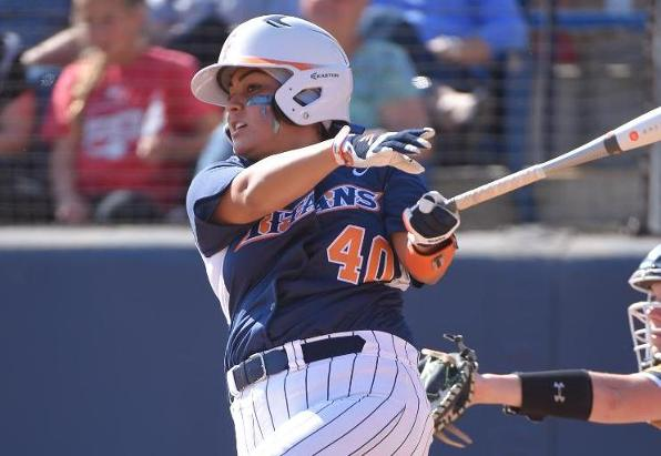 Fullerton Offense Stifled in Series Opening Loss to Hawai'i