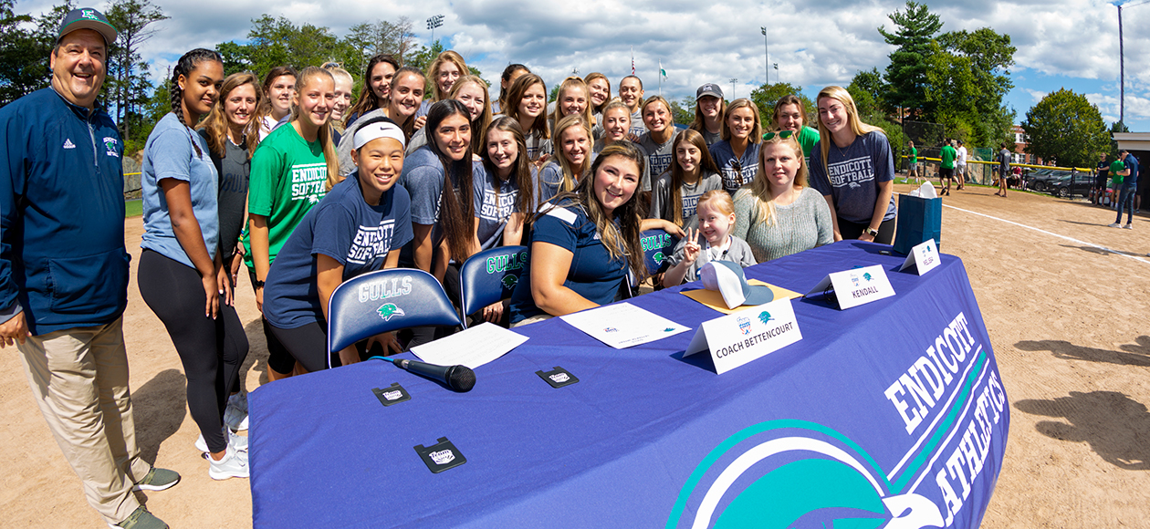 Kendall Weinburg Joins Endicott Softball Program Through Team IMPACT