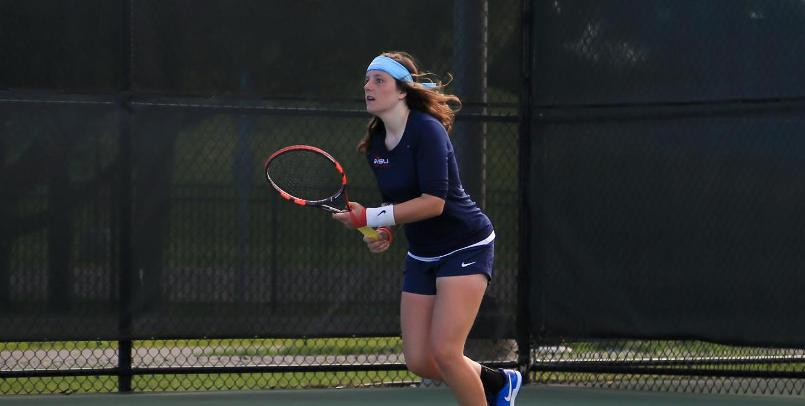 Ana Pico Garcia got the clinching point in the 5-2 victory over Wayne State on Sunday...
